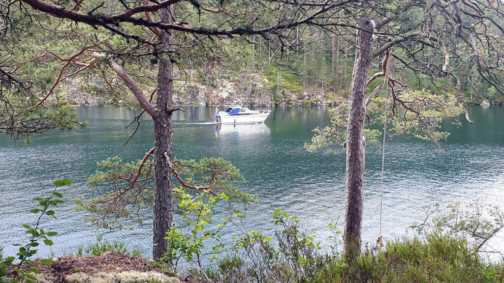 Djäknerundan, Karlsborg Tiveden - båt